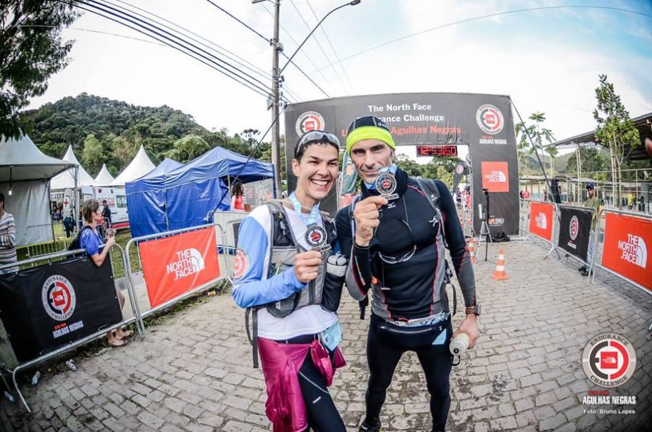 Sheila Zanesco e Cesar de Castro_50km_Agulhas_Negras