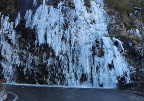 imagem_serra-do-rio-do-rastro-coberta-pelo-gelo