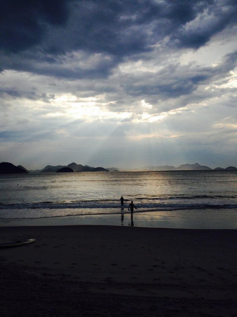Natação no mar em Copacabana