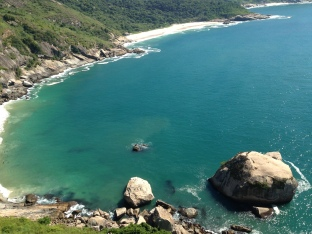 Vista das praias selvagens da Pedra da Tartaruga
